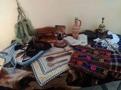 """Изложба """"Традициите и занаятите в моето семейство"""" 1"""